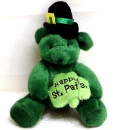 5in St Patricks Bear Holding Shamrock/ Clover