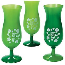 9in 16oz Plastic St Patricks Day Hurricane Cup