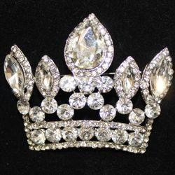 2 1/2in Wide x 2in Tall Rhinestone Silver Crown Brooch/ Pin