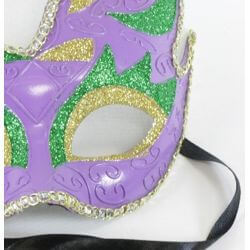 8in Tall x 7in Wide Plastic Mardi Gras Mask w/ Glitter