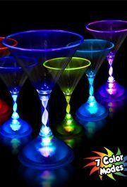 7oz Plastic Light Up Martini Glass