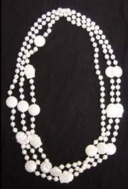 36in White Pearl Basketball Beads