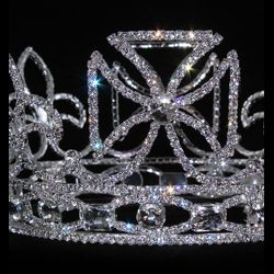 4.25in Tall x 7in Wide Silver Rhinestone Crown